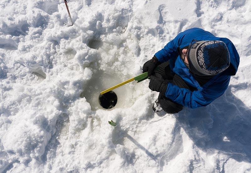 Pourvoirie Mekoos - Journée unique avec la pêche sur la glace!